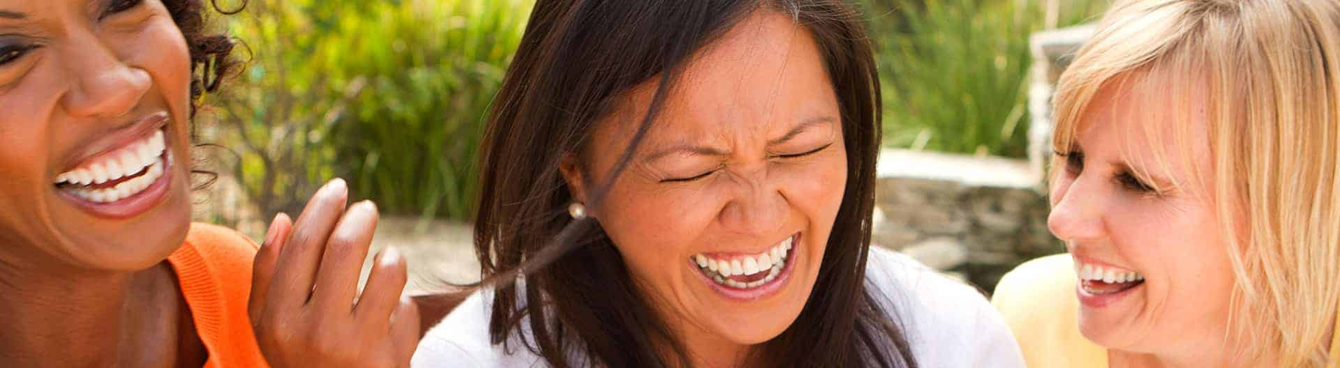 friends laughin